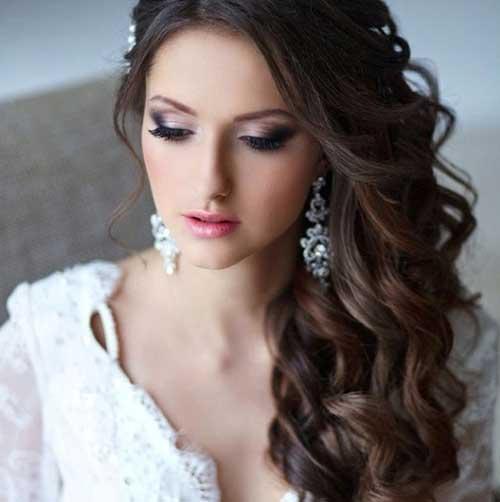 Peinados rizados triguenos de la boda