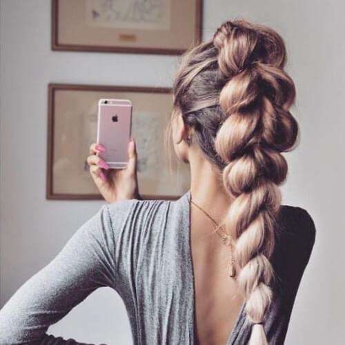 peinados de trenza alta para cabello largo