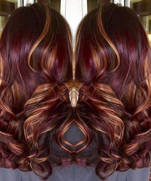 colores de pelo de caída de infusión de oro y borgoña