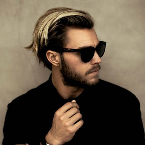 Peinados elegantes para hombres con líneas rectas