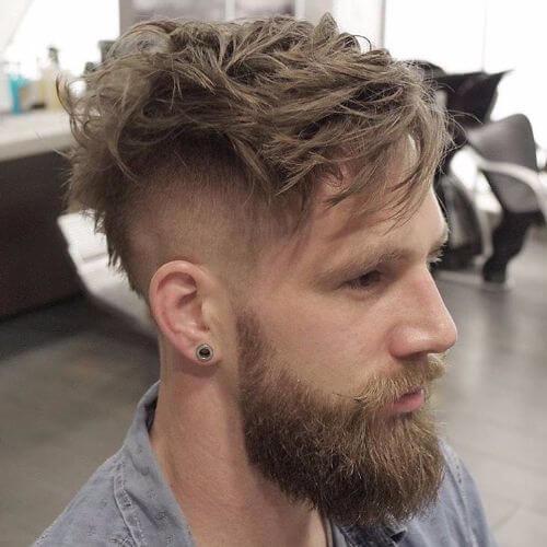 recortar el cabello desordenado