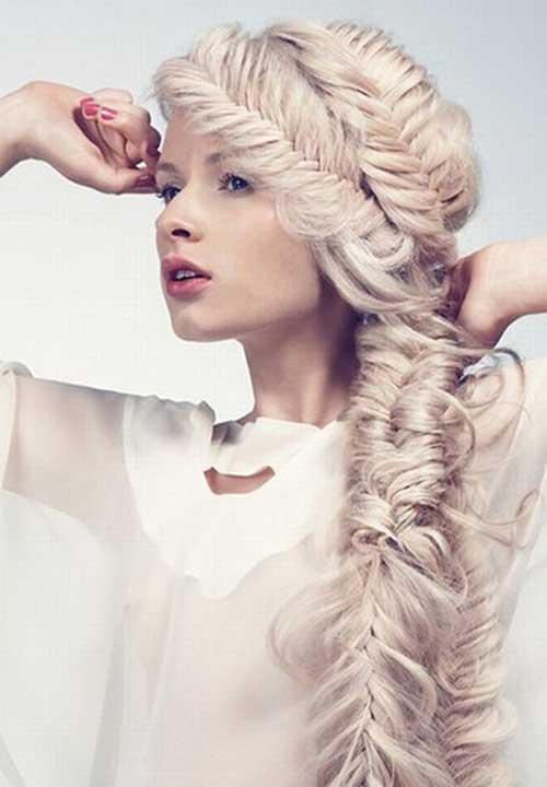Peinado rubio perla con trenzas