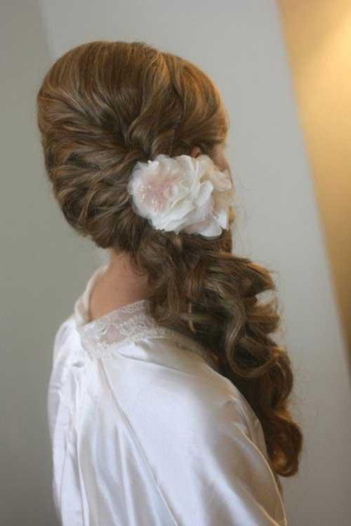 Las mejores colas de caballo laterales bonitas para la boda