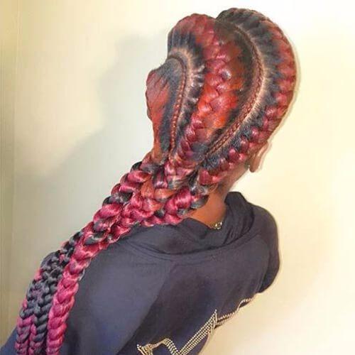 mujer de pelo rojo con trenzas diosa