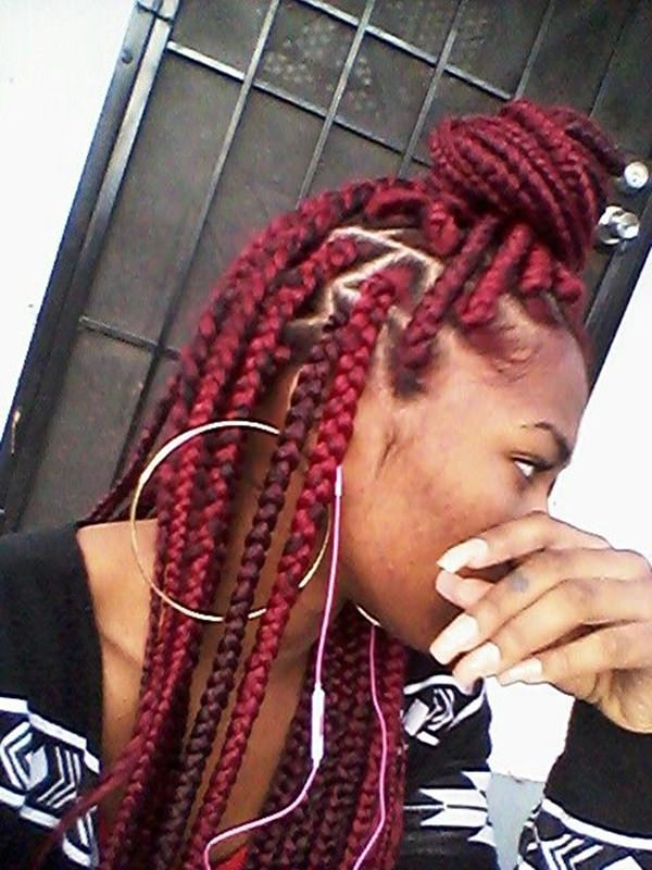45110216-red-box-trenzas