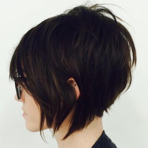 Cortes de cabello Bob apilados cortados