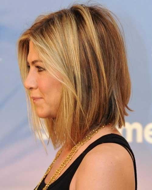 Jennifer Aniston medio pelo largo