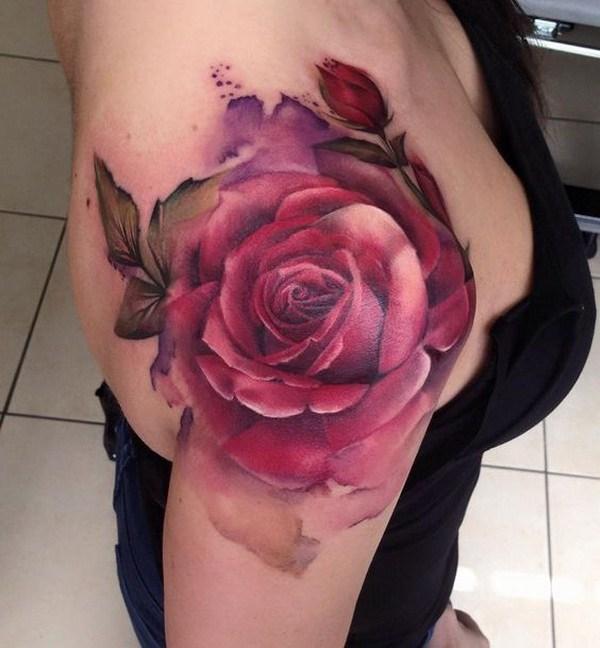 Tatuaje del hombro de Rose roja.