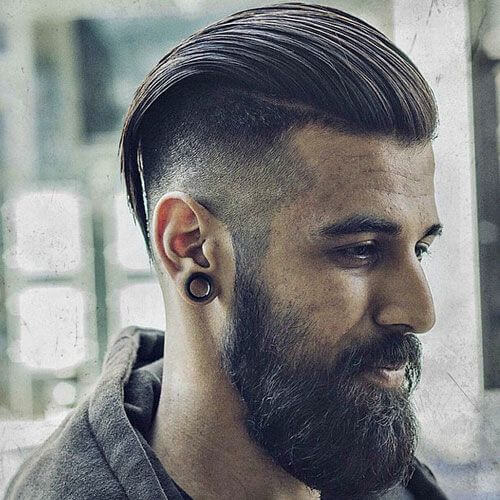 Corte profundo con pelo largo