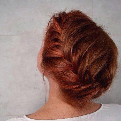 cabello trenzado de cobre
