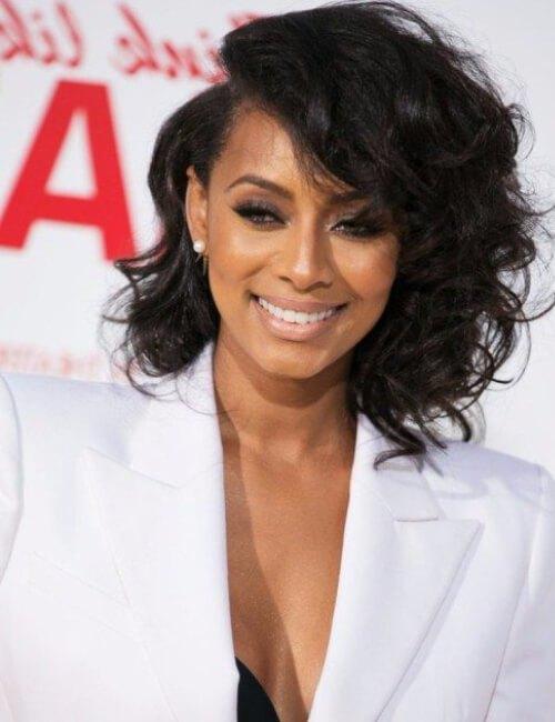 peinados cortos bob asimétrico keri hilson para mujeres negras