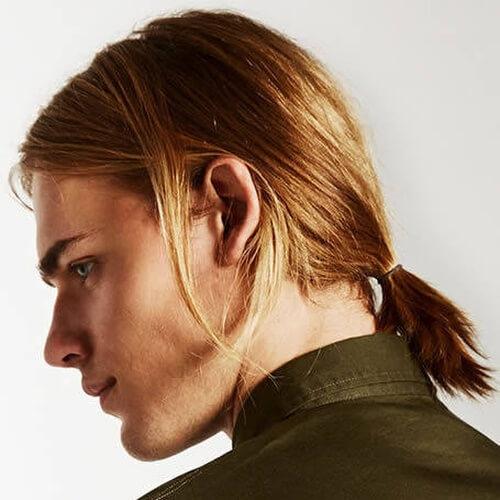 Peinados de negocios para hombres con cabello largo