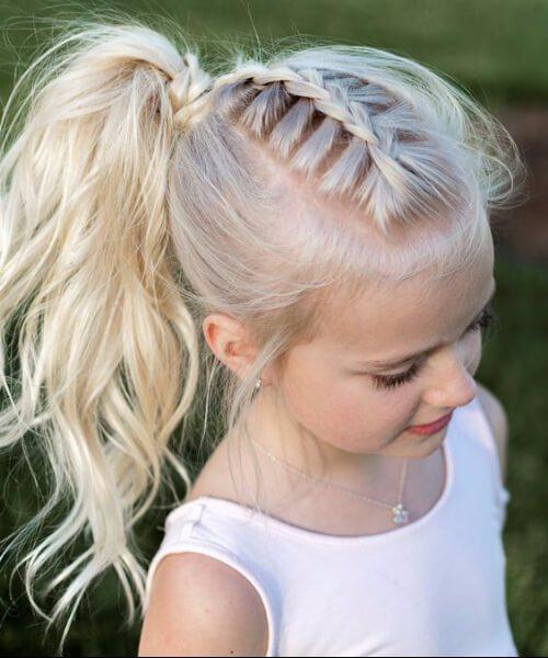 trenza francesa cola de caballo rizos pequeños peinados de niña