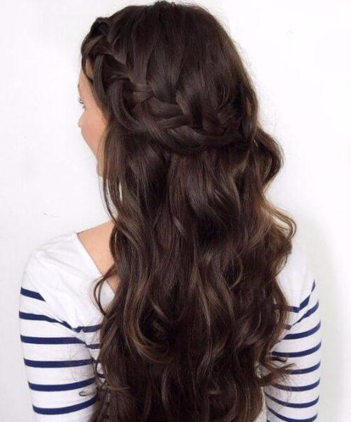 cabello castaño chocolate corona de briad francés