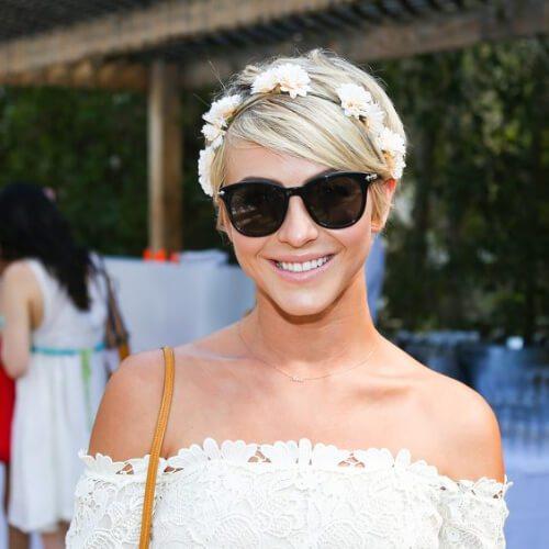 Peinados de baile de Julianne Hough para el pelo corto