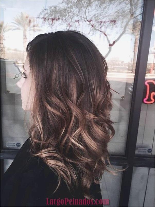 Peinados de longitud media para las mujeres (14)