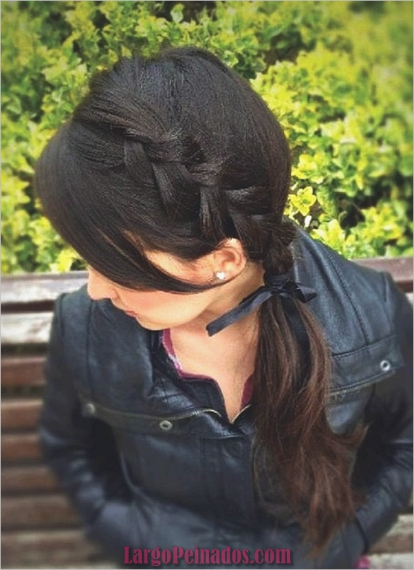 Peinados de cola de caballo laterales atractivos para niñas (6)