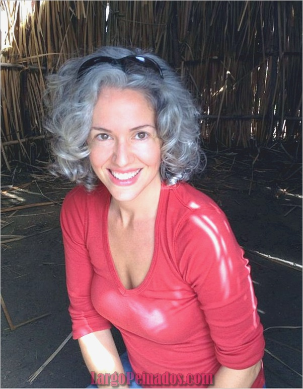 Peinados cortos para mujeres mayores (3)