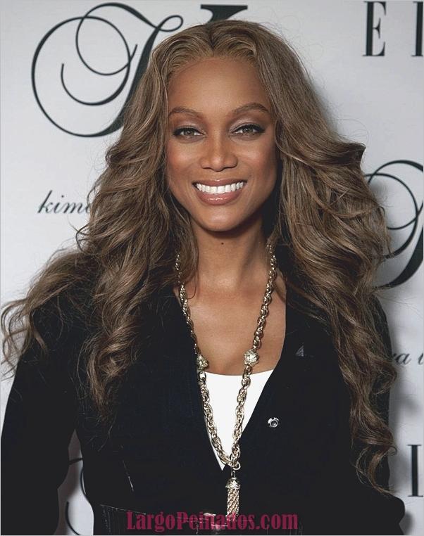 Peinados largos para mujeres negras (17)