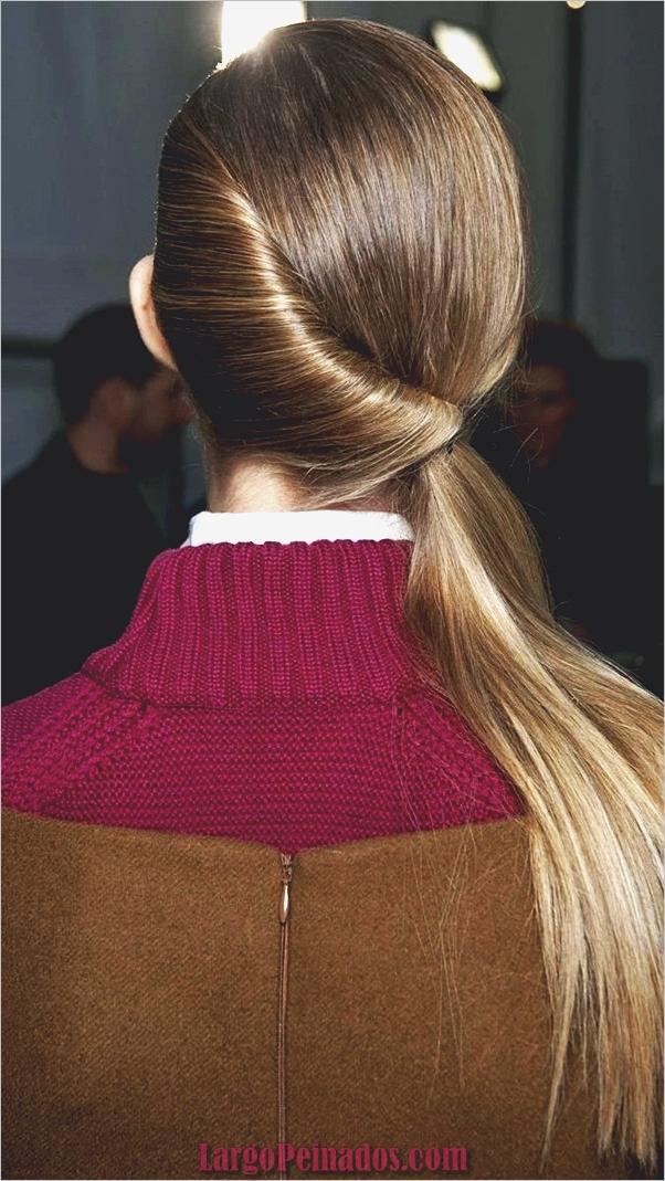 Peinados de cola de caballo laterales atractivos para niñas (31)