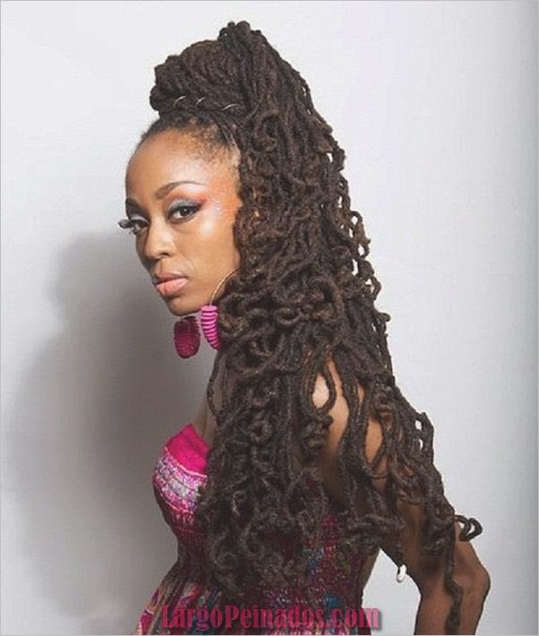 Peinados largos para mujeres negras (21)