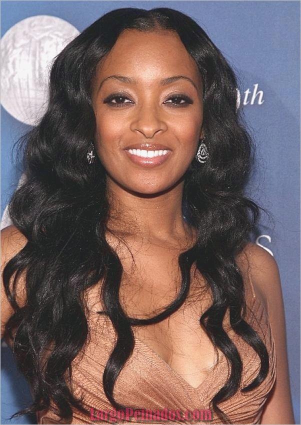 Peinados largos para mujeres negras (26)