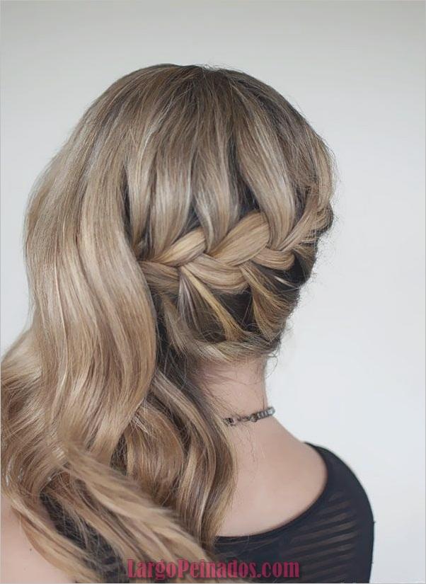 Atractivos peinados laterales de cola de caballo para niñas (35)