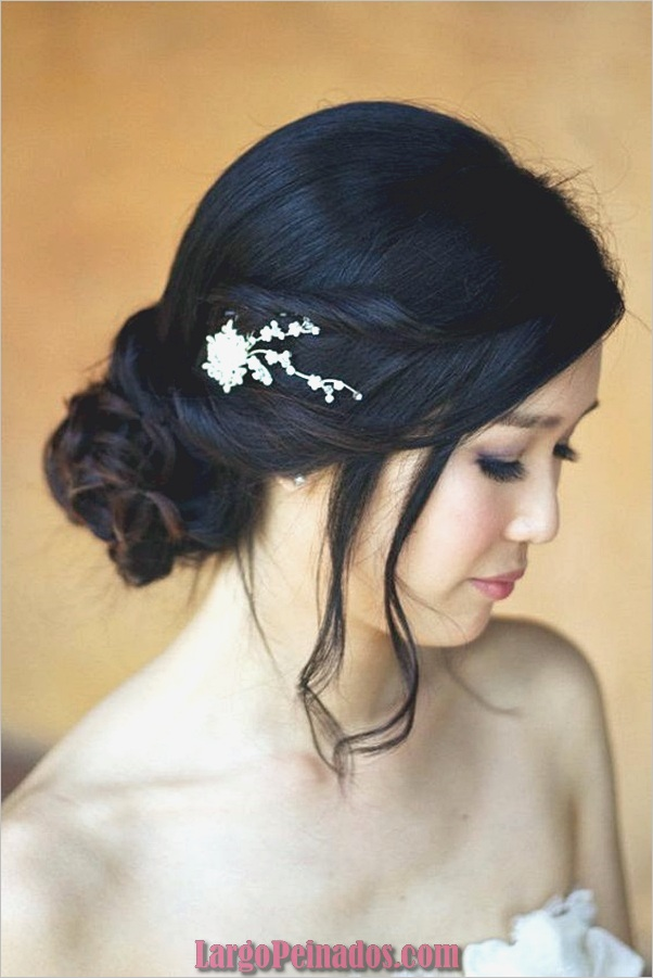 Peinados de longitud media para las mujeres (5)
