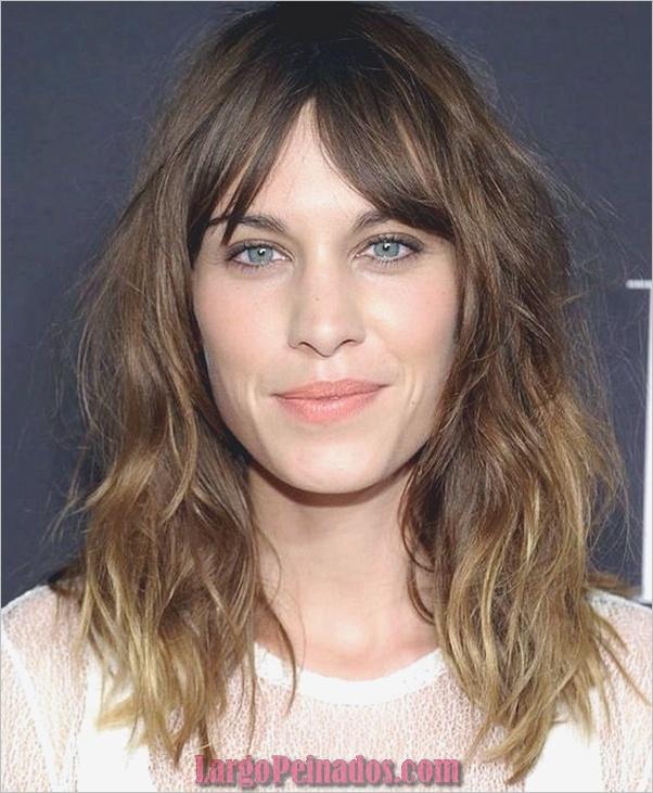 lindos peinados para caras largas 13