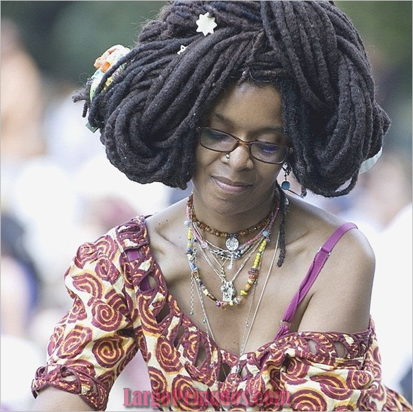 Peinados largos para mujeres negras (29)