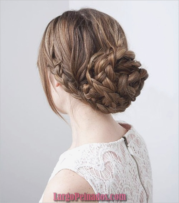 Peinados De Bollo Fácil Para Mujeres (11)