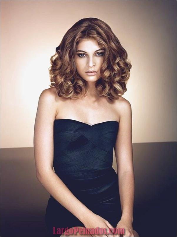 Peinados de longitud media para las mujeres (1)