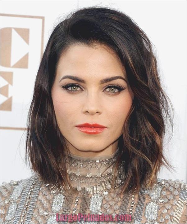Peinados de longitud media para las mujeres (19)