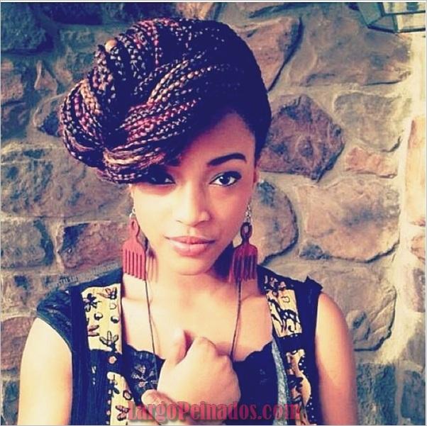 Peinados largos para mujeres negras (18)
