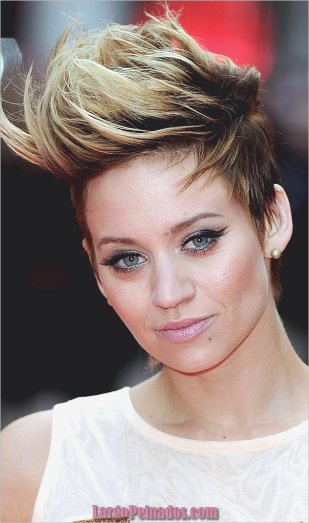 Faux-hawk-hairstyle-and-haircut-14