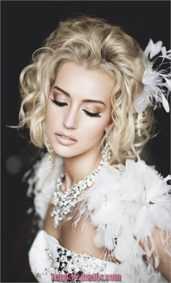 Peinados de novia para cabello corto y mediano