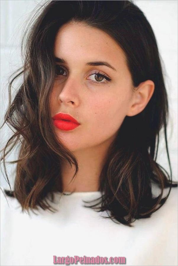 Peinados de longitud media para las mujeres (24)