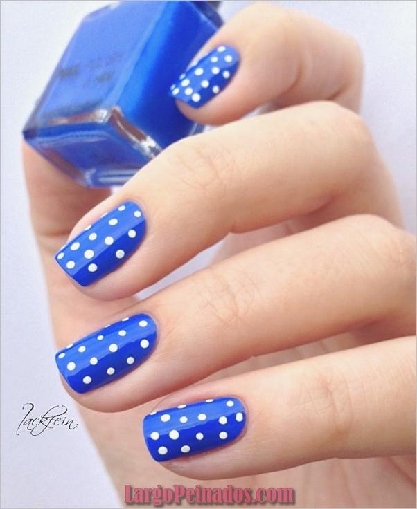 Ideas y diseños de arte de uñas azules (14)