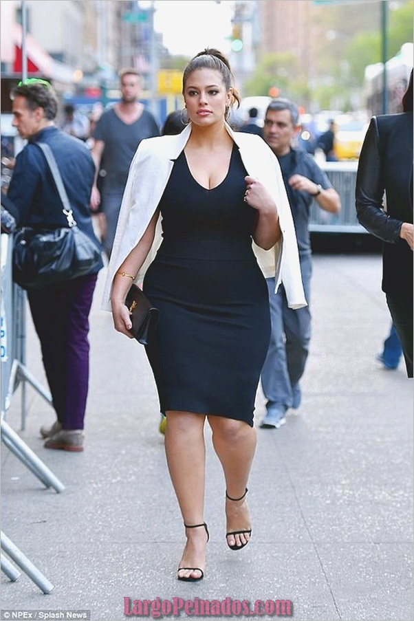 business-casual-for-plus-size-women-10