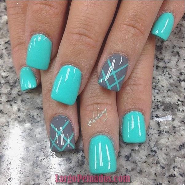 Ideas y diseños de arte de uñas azules (48)