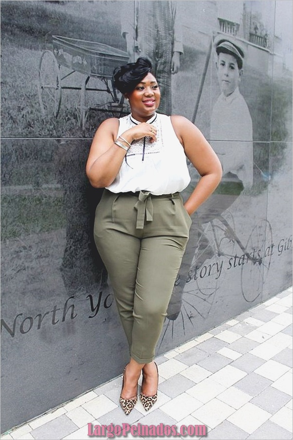 business-casual-for-plus-size-women-23