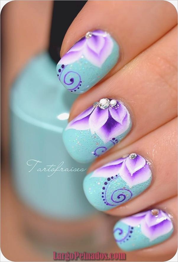 Ideas creativas y bonitas de diseños de uñas (19)