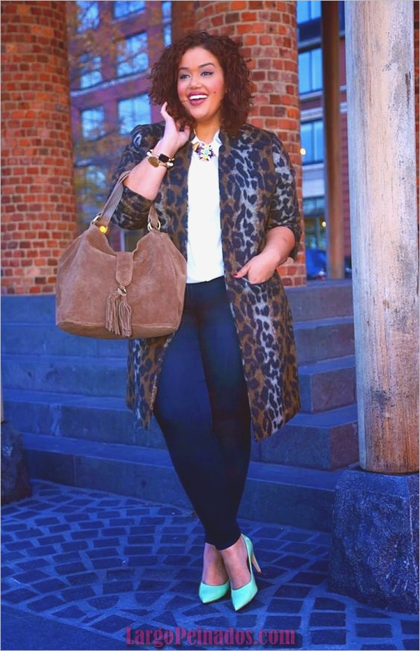 business-casual-for-plus-size-women-2