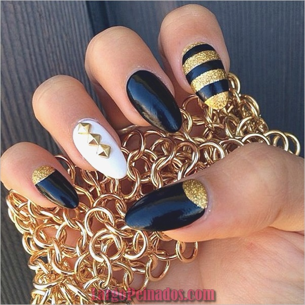Diseños de uñas puntiagudas de almendra (12)