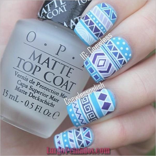 Ideas y diseños de arte de uñas azules (20)