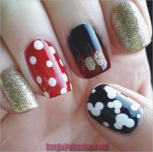 Ideas creativas y bonitas de diseños de uñas (12)