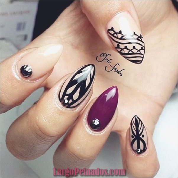 Diseños de uñas puntiagudos de almendra (3)
