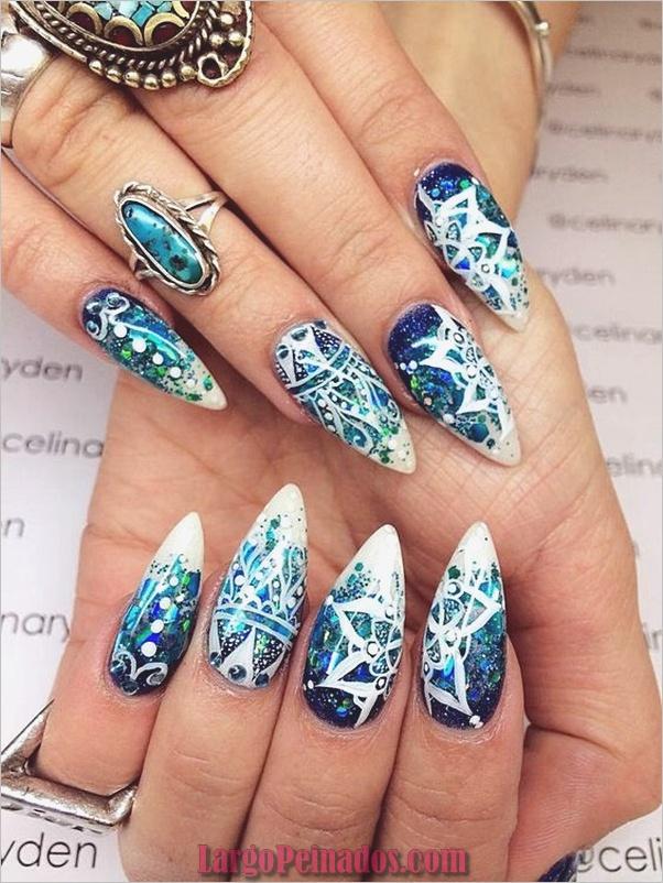 Diseños de uñas puntiagudas de almendra (13)