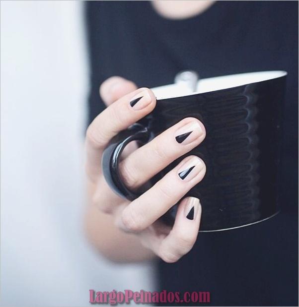 Diseños de arte de uñas negro7