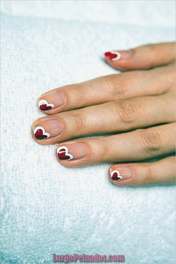 valentines-week-nails-designs-13